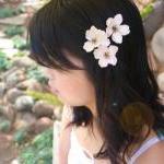 Flower hair clip, wedding hair clip..